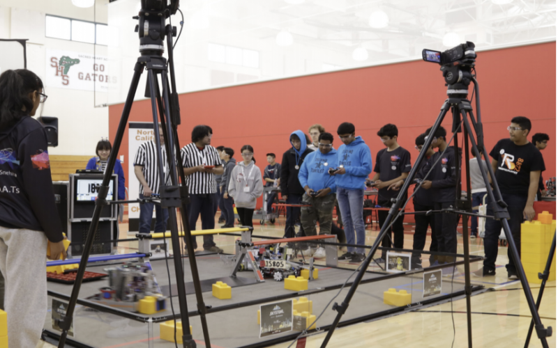 SHP Hosts First Robotics Competition